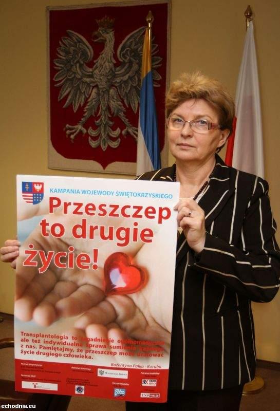 Wojewoda świętokrzyski Bożentyna Pałka-Koruba będzie przekonywać z ekspertami i współpracownikami kampanii, że przeszczep to drugie życie. (Ł. Zarzycki)